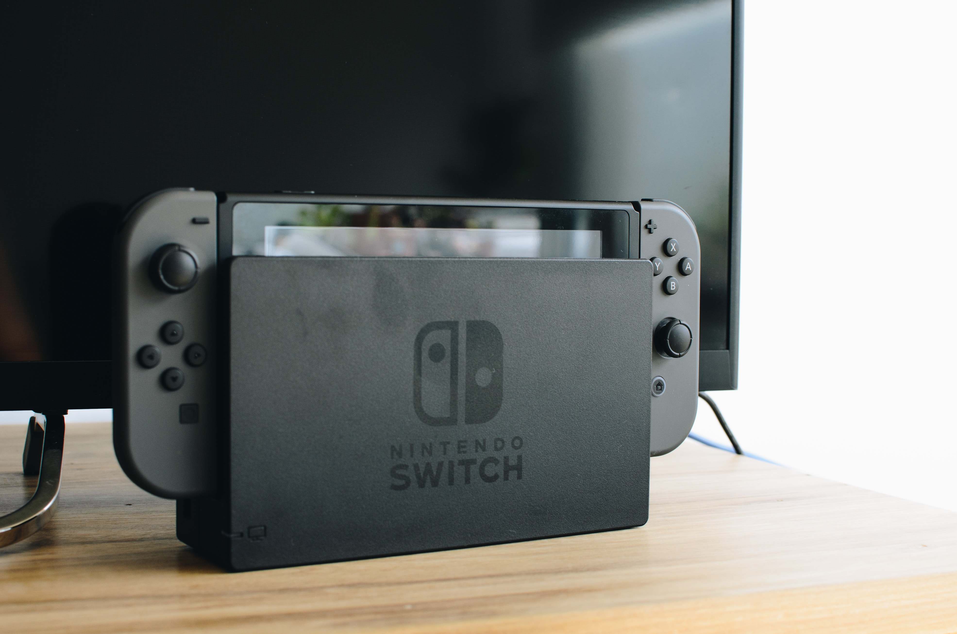How to listen to Discord and Nintendo switch through the